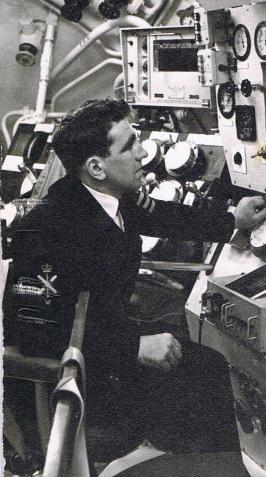 Dad - HMS Valiant 1 001