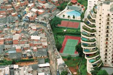 Sao Paulo swimming pool and shacks